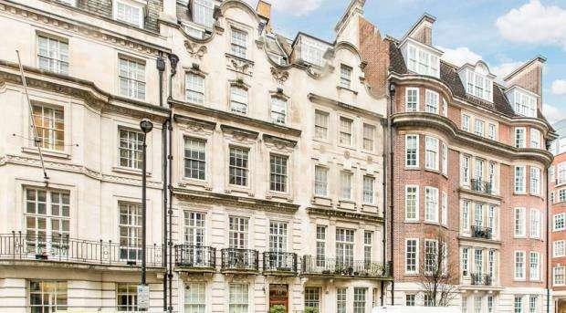 3 Bedrooms Flat for sale in Upper Brook Street, London, W1K