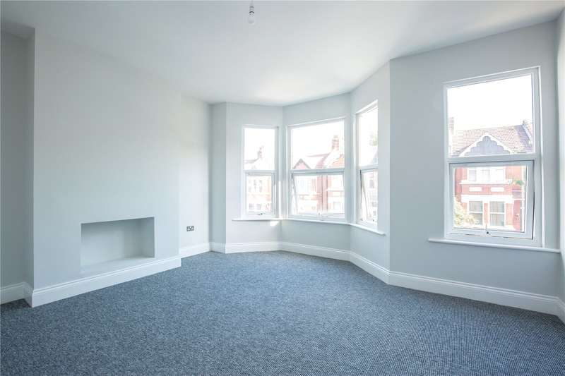 2 Bedrooms Apartment Flat for sale in Elm Park Road, Finchley, London, N3