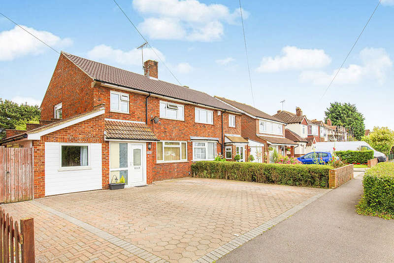 4 Bedrooms Semi Detached House for sale in Palmbeach Avenue, Hythe, CT21