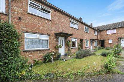 3 Bedrooms Terraced House for sale in Attleborough