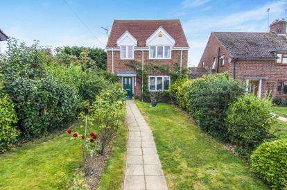 3 Bedrooms Detached House for sale in Writtle, Chelmsford, Essex