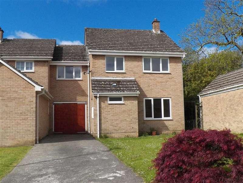 4 Bedrooms Property for sale in Woodlands View, Johnston, Haverfordwest