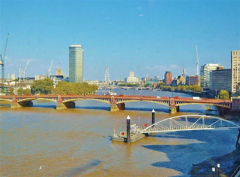 3 Bedrooms Property for sale in The Tower, One St George Wharf, Nine Elms, London