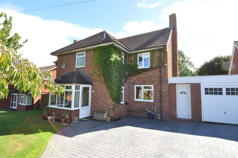 4 Bedrooms Detached House for sale in Douglas Road, West Kirby, Wirral