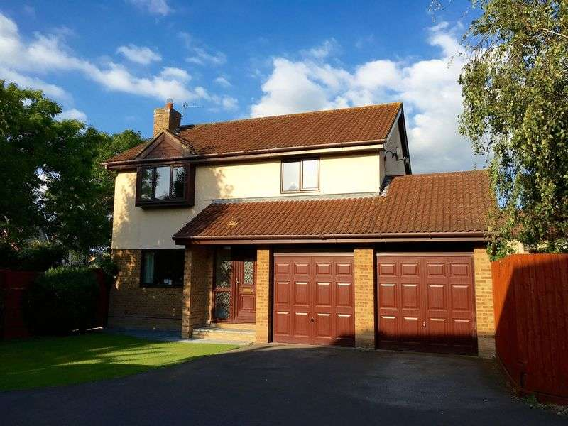 4 Bedrooms Detached House for sale in Rawlins Avenue, Worle, Weston-Super-Mare