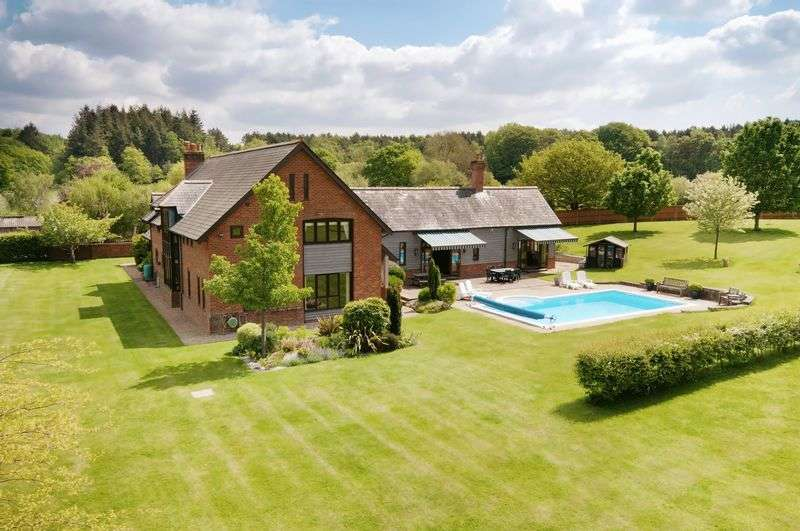 6 Bedrooms Detached House for sale in Newbridge, Cadnam