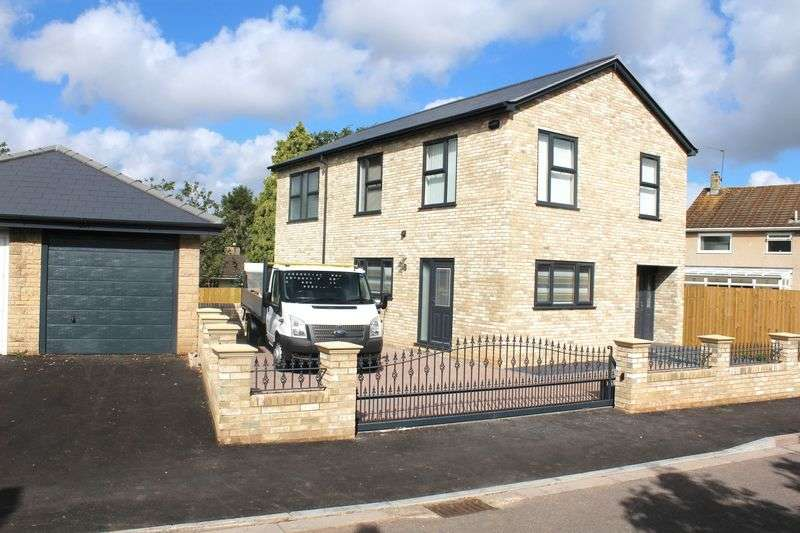 4 Bedrooms Detached House for rent in Cherry Wood, Oldland Common, Bristol