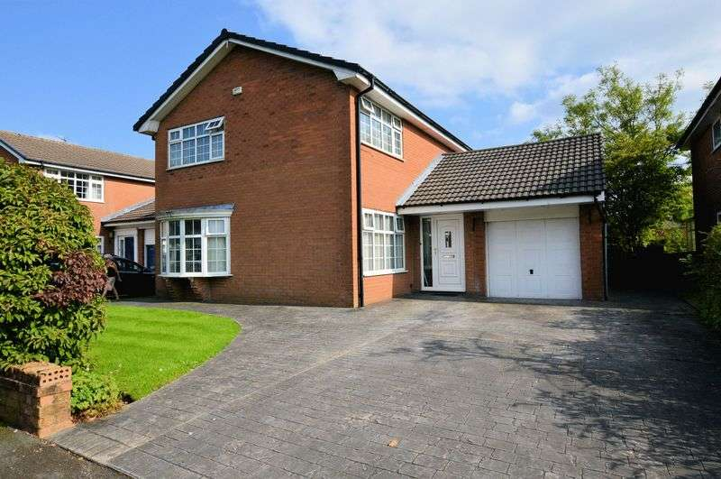4 Bedrooms Detached House for sale in Orpington Drive, Bury