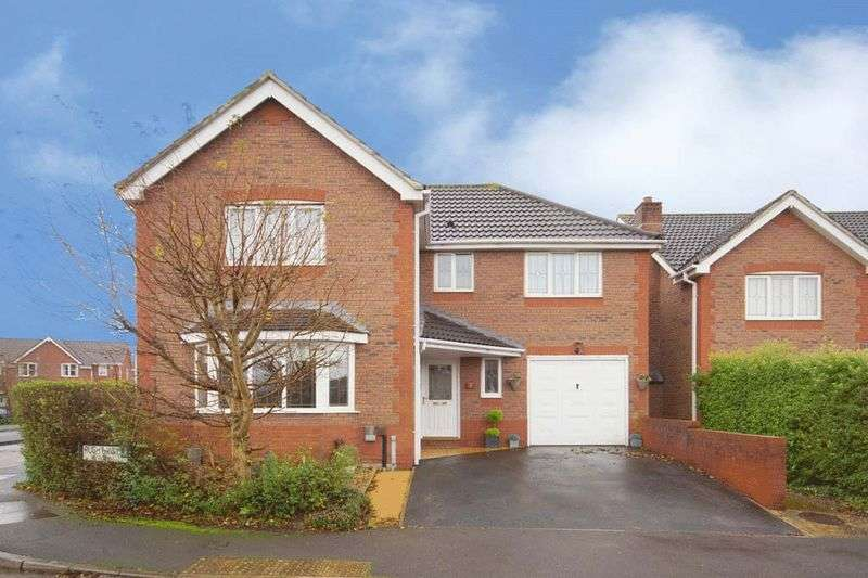 4 Bedrooms Detached House for sale in 9 Rushy Way, Emersons Green, Bristol BS16 7ER