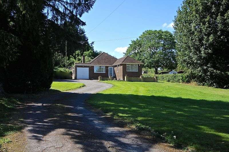 3 Bedrooms Detached Bungalow for sale in Mancroft Road, Aley Green, Nr Caddington