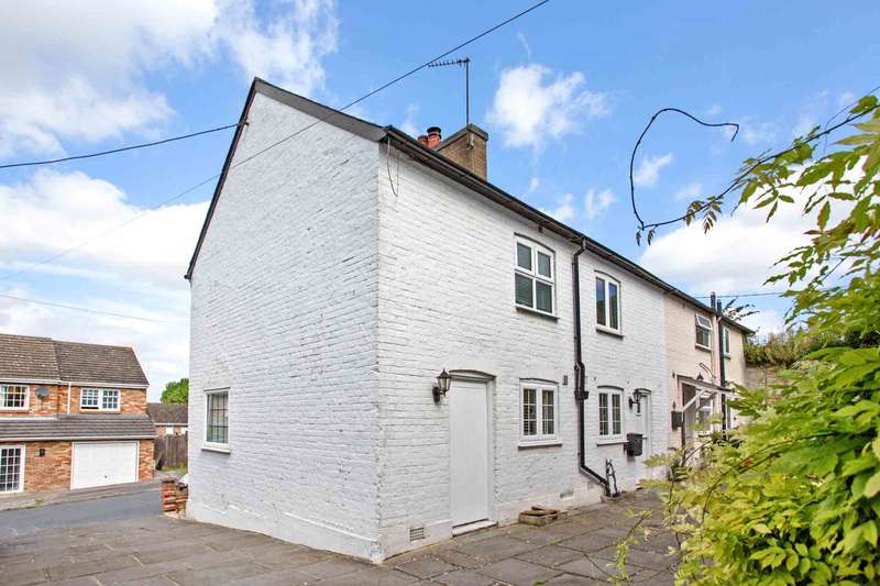 3 Bedrooms Semi Detached House for sale in Wellcroft, Ivinghoe
