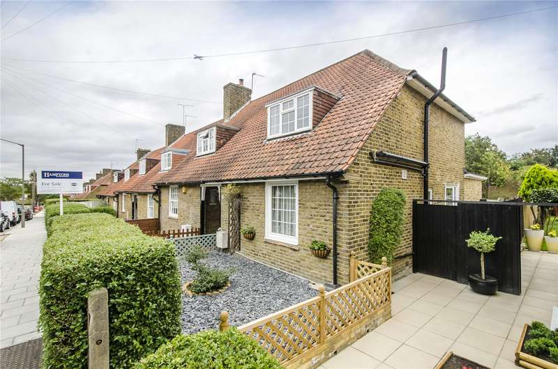 3 Bedrooms Semi Detached House for sale in Huntingfield Road, London, SW15