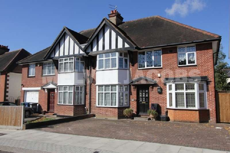 4 Bedrooms Semi Detached House for sale in Manor Park Gardens, Edgware, Greater London. HA8 7NB