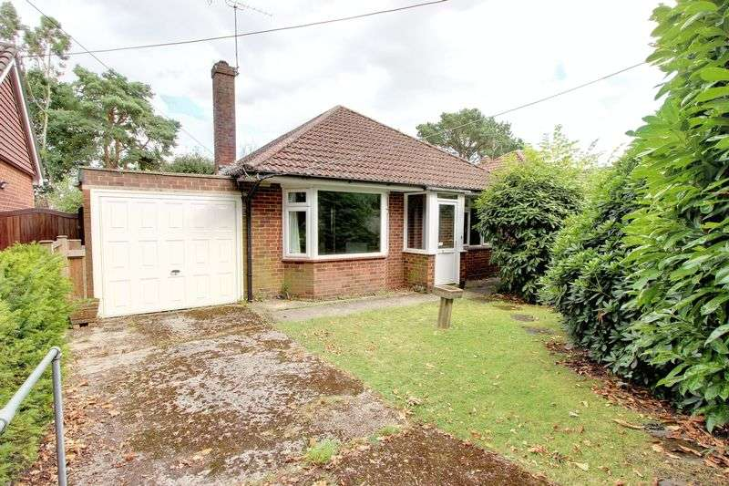 2 Bedrooms Detached Bungalow for sale in Rownhams Lane, North Baddesley, Hampshire