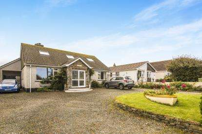5 Bedrooms Bungalow for sale in Trevone, Padstow, Cornwall