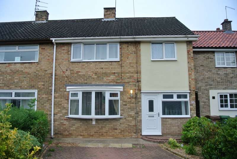 3 Bedrooms Terraced House for sale in Woodhill Close, Hull, East Yorkshire, HU10