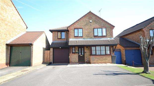 5 Bedrooms Detached House for sale in Regent Close, Lower Earley, Berkshire