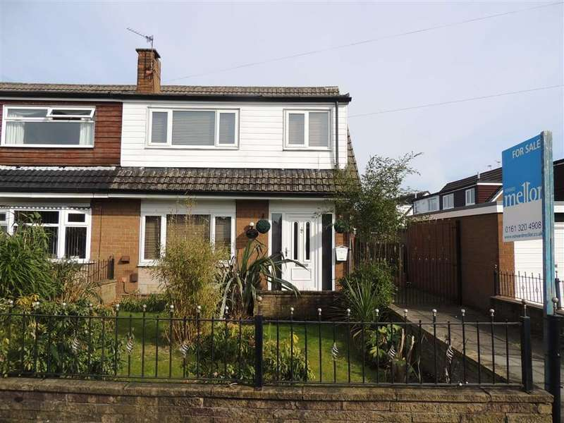 3 Bedrooms Property for sale in Whittles Avenue, Denton, Manchester