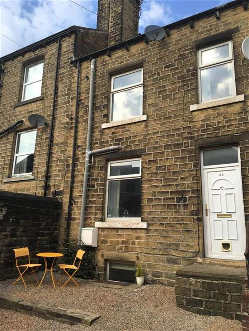 2 Bedrooms Terraced House for sale in Wellington Street, Lindley, Huddersfield, HD3 3EY