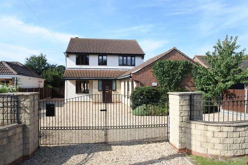 4 Bedrooms Detached House for sale in Belton Lane, Grantham