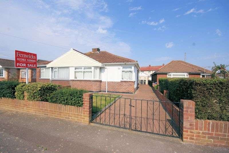 2 Bedrooms Semi Detached Bungalow for sale in Camp Road, Gosport