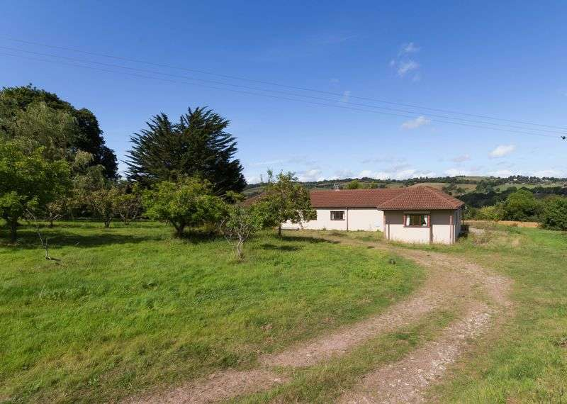 2 Bedrooms Detached Bungalow for sale in Longdown, Exeter
