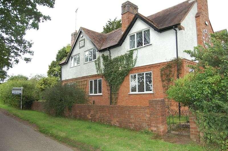 4 Bedrooms Property for sale in Icknield Street, Weatheroak