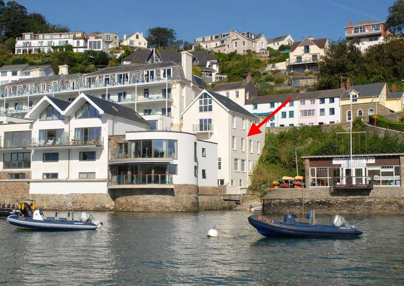 3 Bedrooms Apartment Flat for sale in The Beach House, 14 Estura, Cliff Road, Salcombe