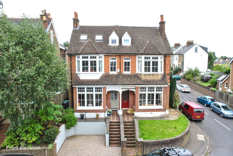 5 Bedrooms Semi Detached House for sale in Chart Lane, Reigate