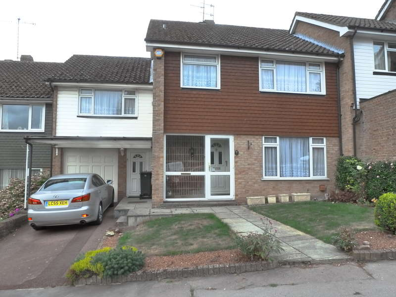 4 Bedrooms Semi Detached House for sale in Boundary Way, Croydon, CR0 5AU