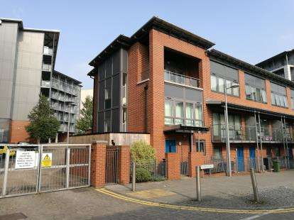 3 Bedrooms End Of Terrace House for sale in Longleat Avenue, Birmingham, West Midlands