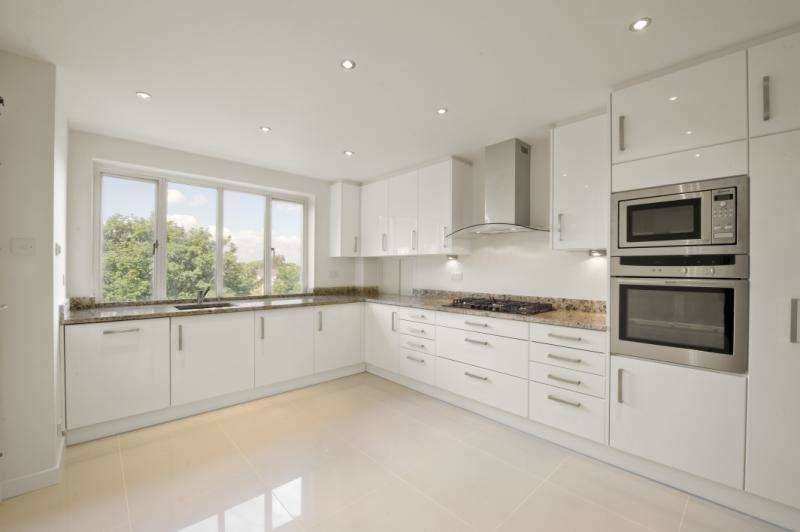 4 Bedrooms Flat for sale in Redlynch Court, 70 Addison Road, Holland Park, W14