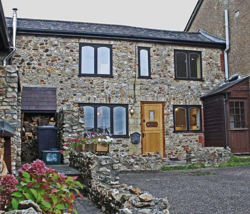 2 Bedrooms Cottage House for sale in George Lane, Kilmington