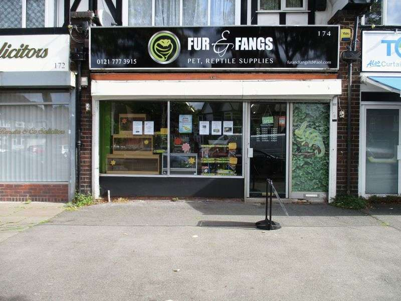 Property for sale in Fantastic leasehold exotic pet business
