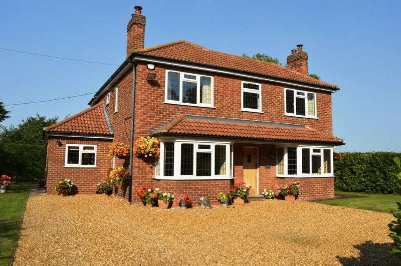 3 Bedrooms Detached House for sale in East Ferry Road, Laughton