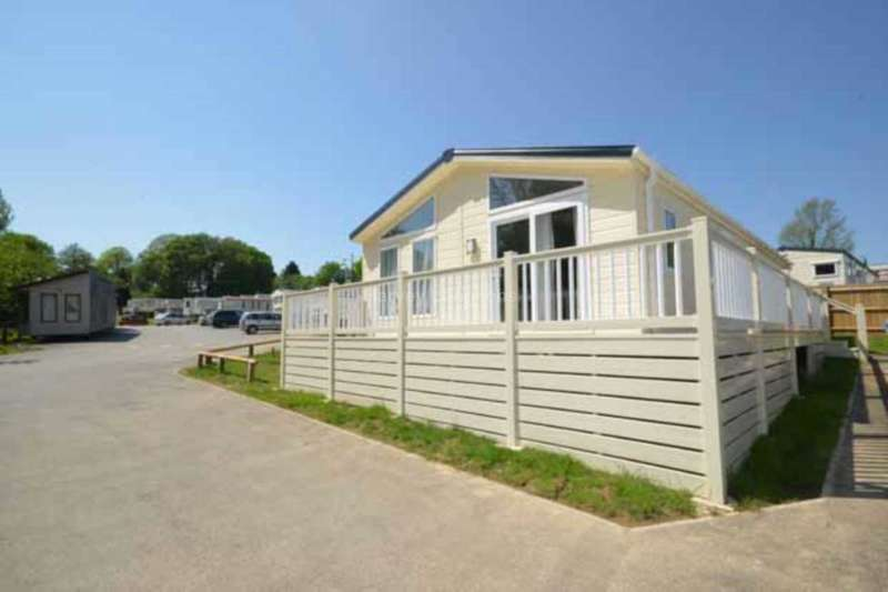 3 Bedrooms Lodge Character Property for sale in Coghurst Hall Holiday Park, Ivyhouse Lane, Hastings
