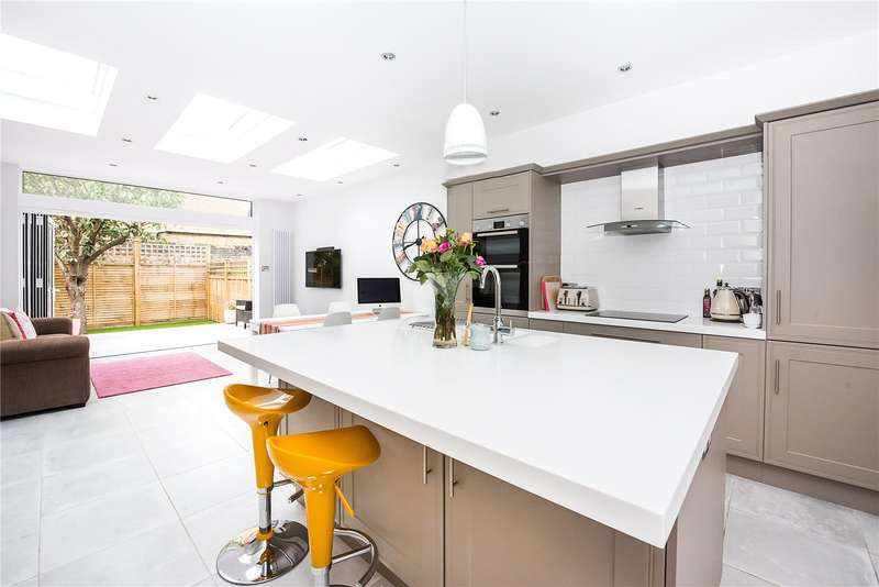 2 Bedrooms Terraced House for sale in Milton Road, East Sheen, SW14