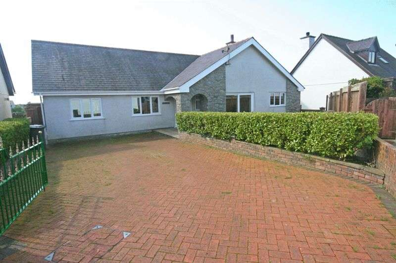 3 Bedrooms Detached Bungalow for sale in Bethel, Anglesey