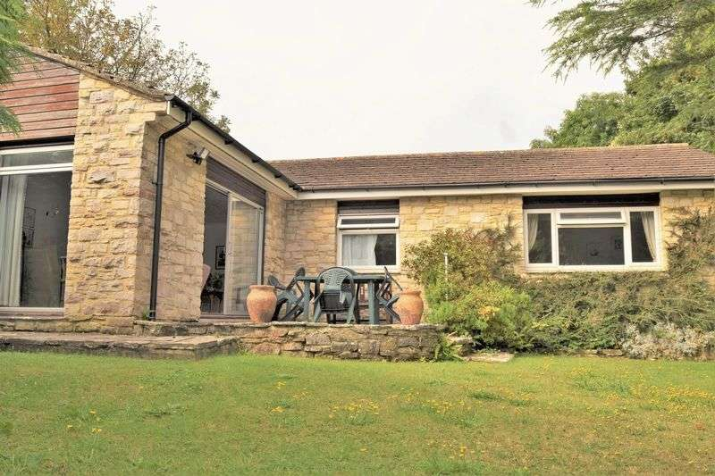 3 Bedrooms Detached Bungalow for sale in Swanage