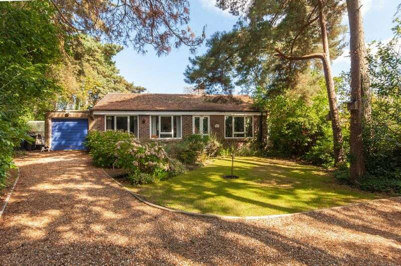4 Bedrooms Detached Bungalow for sale in Sandford