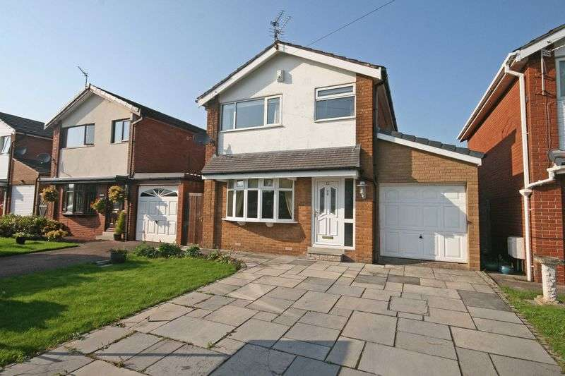 3 Bedrooms Detached House for sale in Willowcroft Drive, Hambleton