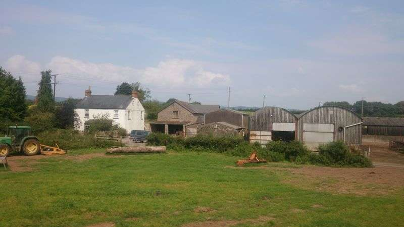 3 Bedrooms Detached House for sale in Rhewl Farm, Shirenewton, Chepstow