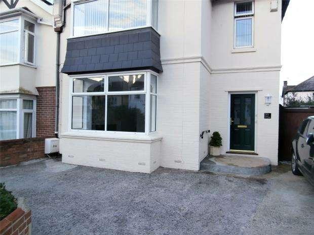 1 Bedroom Flat for sale in Fortescue Road, Paignton, Devon