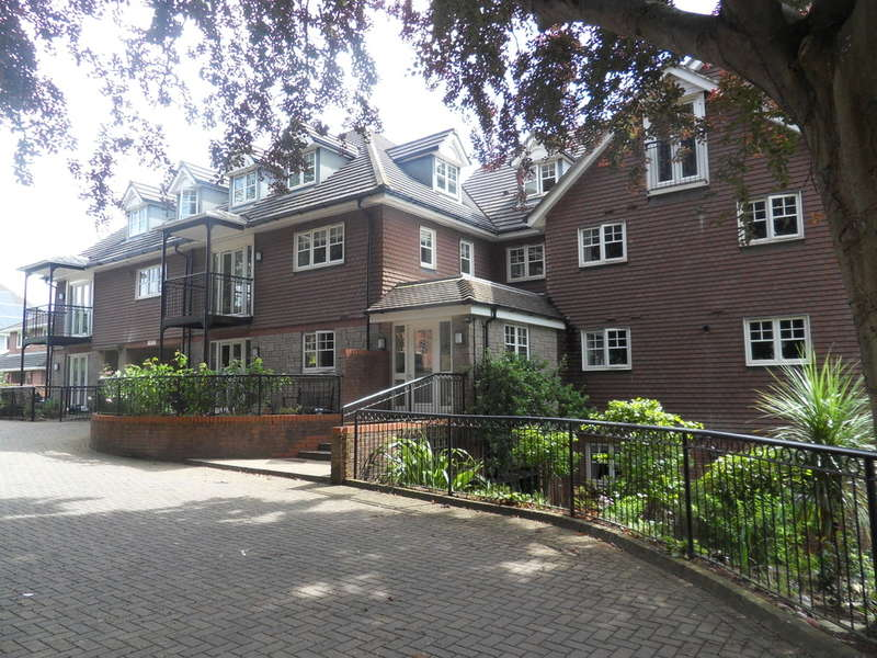 3 Bedrooms Flat for sale in Portland Avenue, Exmouth