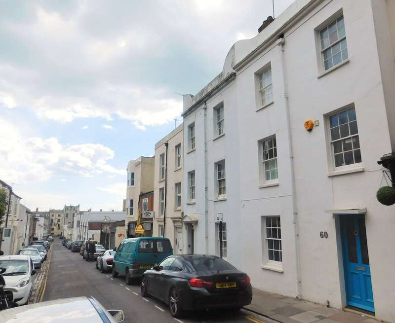 3 Bedrooms Terraced House for sale in Brunswick Street West, Hove