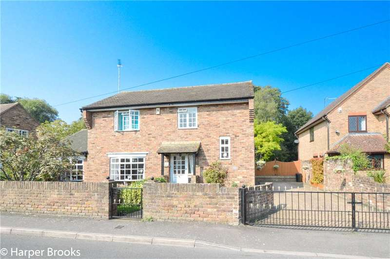 3 Bedrooms Detached House for sale in Money Lane, West Drayton, UB7
