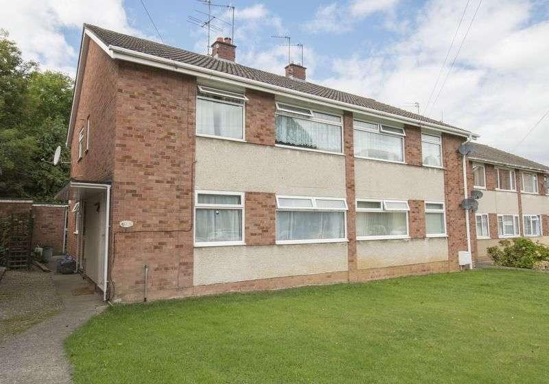 2 Bedrooms Flat for sale in Gainsborough Road, Keynsham