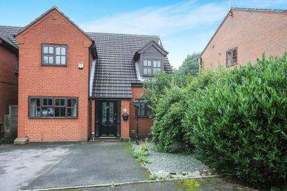 3 Bedrooms Detached House for sale in Hill Terrace, Audley, Stoke-On-Trent, Staffordshire