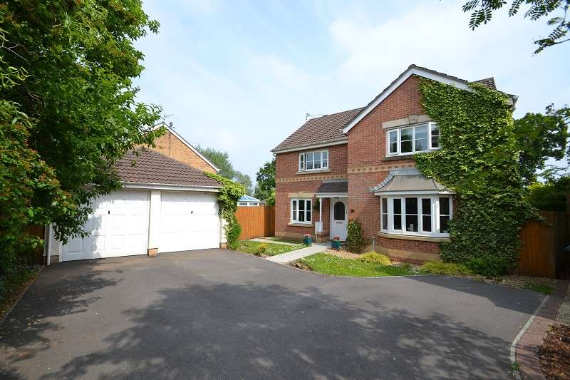 4 Bedrooms Detached House for sale in Angelica Way, Thornhill, Cardiff. CF14 9FJ