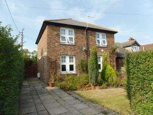 3 Bedrooms Detached House for sale in St. Johns Road, New Romney, Kent